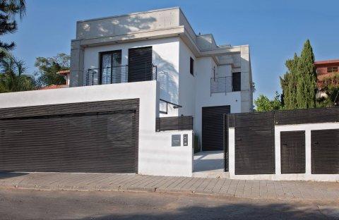 בית פרטי ברחובות